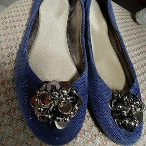 ~CALVIN KLEIN~ blue soft leather embellished FLATS